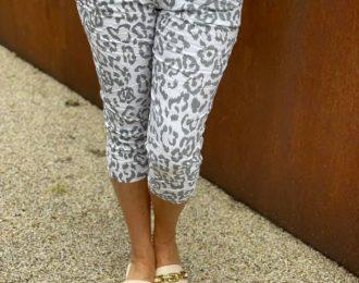 Leopard Capri